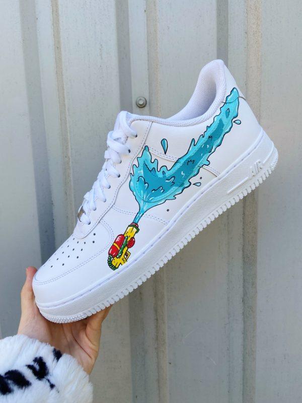 Opplain Custom Sneakers - Pistole ad acqua 2