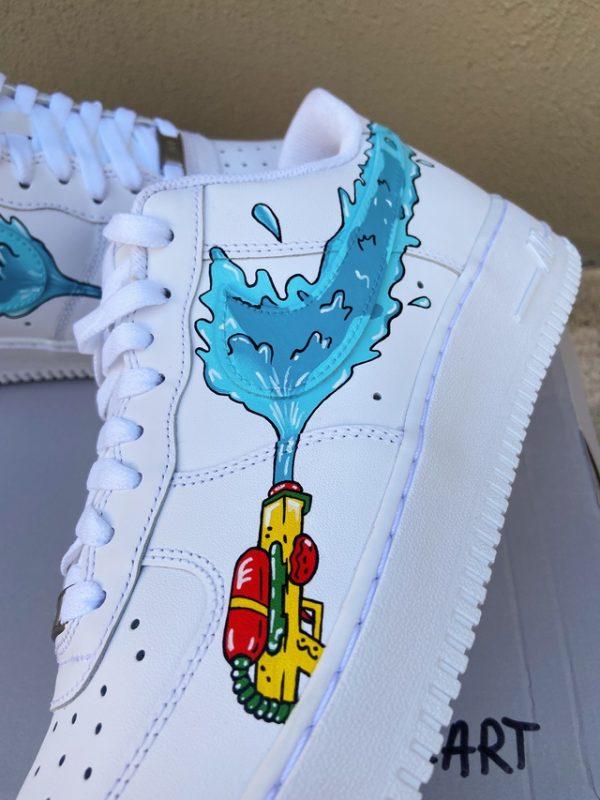Opplain Custom Sneakers - Pistole ad acqua 3